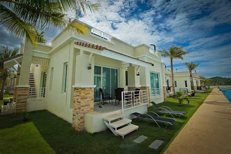 2 bedroom executive pool villa in hua hin from 50