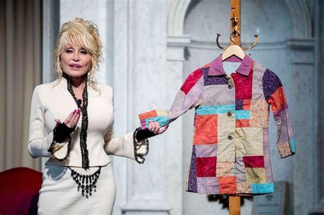 dolly parton a coat of many colors dolly parton s literacy program donates its 100 millionth