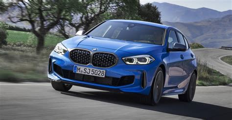 bmw  series revealed coming  oz  caradvice