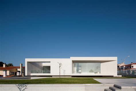 House in Leiria / ARX Portugal   ArchDaily