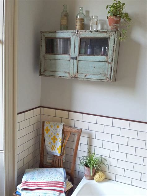Vintage Bathroom Furniture Uk by Vintage Bathrooms Scaramanga S Redesign Do S Don Ts