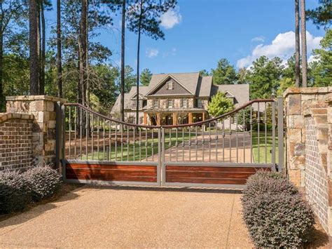 Luxury Homes In Augusta Ga Augusta Luxury Homes And Augusta Luxury Real Estate Property Search Results Luxury Portfolio
