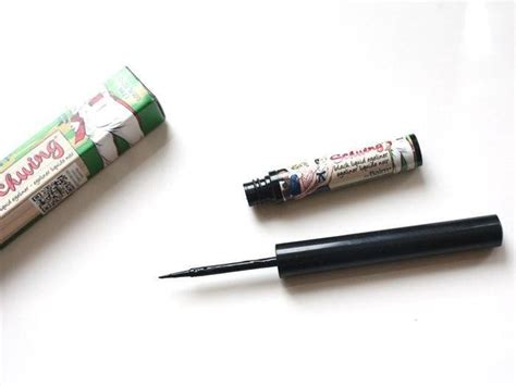 Eyeliner The Balm thebalm schwing black liquid eyeliner review swatch