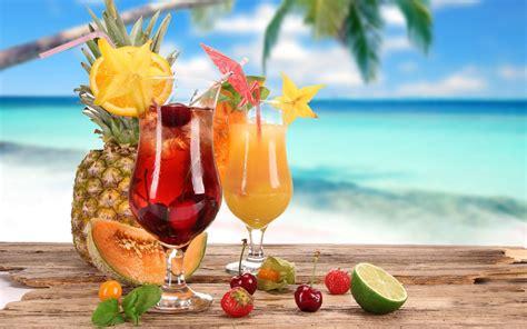 fruity drinks calorie bomb cocktails