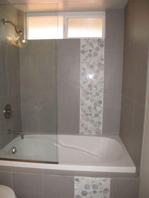Accent Tile Ideas For Bathrooms   moraethnic