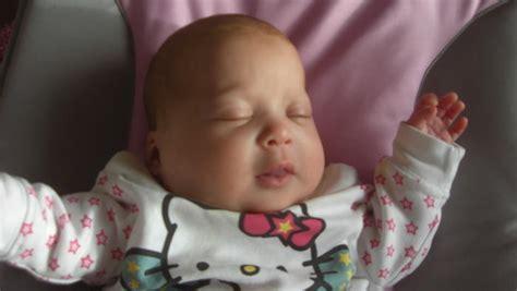 wann schläft mein baby durch bin am ende