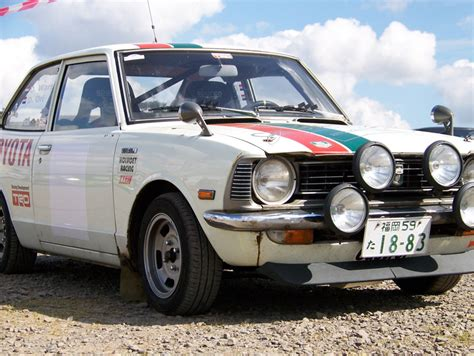 view of toyota corolla ke 20 photos features and