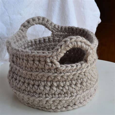 crochet pattern for yarn basket crochet in color chunky crocheted basket pattern