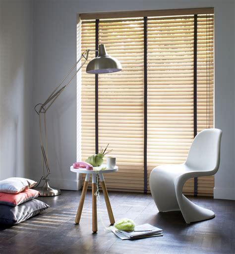 horizontale jaloezie e kunststof raamdecoratie