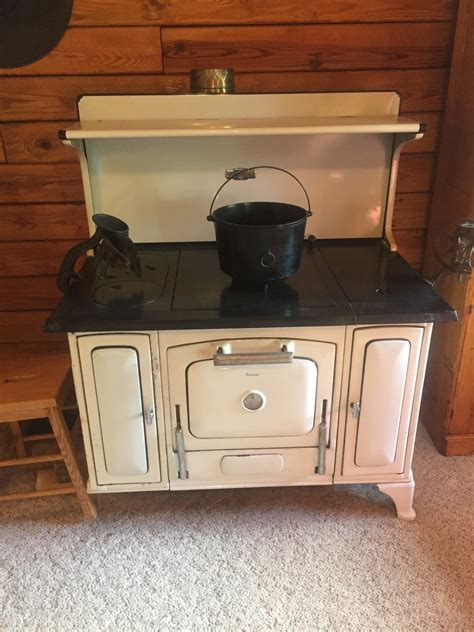 show tell antique and vintage stoves collectors weekly