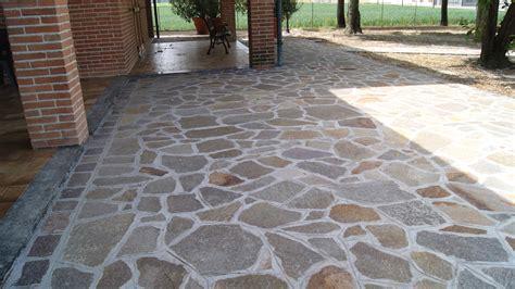 pavimenti in pietra esterni pavimenti per esterni carrabili offerte pavimento esterno