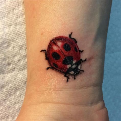 ladybird tattoo designs best 25 ladybug tattoos ideas on