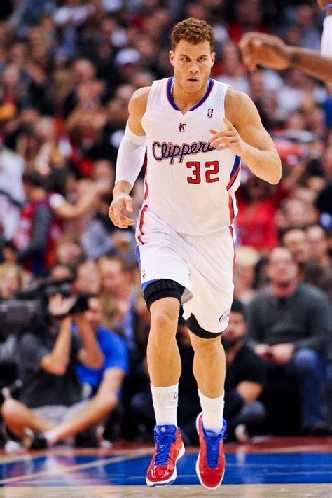 blake griffin on pinterest blake griffin nba players and basketball blake griffin so hot and talented sad that he plays for