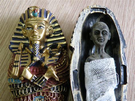 imagenes egipcias tutankamon momia tutankamon tutankamon de wikipedia la