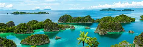 time  visit indonesia climate guide audley travel