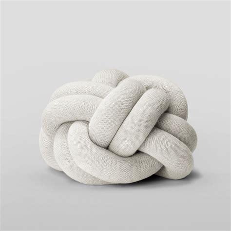 cuscini di design knot cuscino di design in tessuto sediarreda