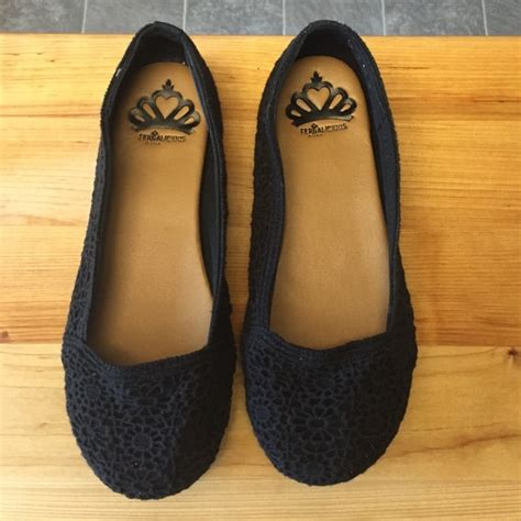 fergalicious shoes flats 73 fergie shoes fergalicious black flats from