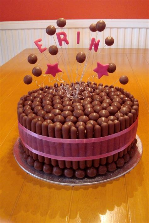 Bday Decoration Ideas At Home by 25 Best Ideas About Chocolate Finger Cake On Pinterest