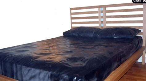 vinyl bed sheets vinyl bed sheets 28 images deluxe fitted mattress