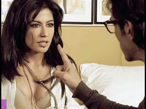 unduh film india hot harassment at work place in latest bollywood hindi movie