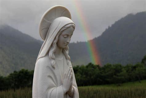 imagenes impresionantes de la virgen los impresionantes regalos a quienes se quot abandonen quot a la