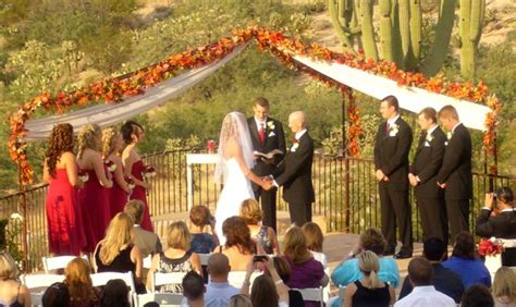 Wedding Etiquette Congratulations To The by 20 Important Wedding Guest Etiquettes Everafterguide