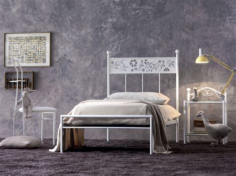 letto singolo ferro battuto bianco singolo ferro battuto