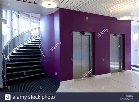 foyer treppen foyer stairs stockfotos foyer stairs bilder alamy