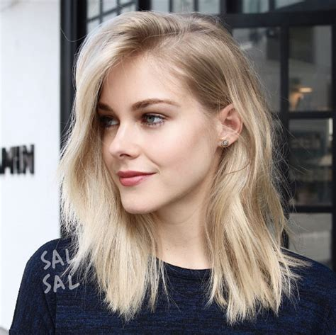 haircuts blonde thin hair 40 most flattering medium length hairstyles for thin hair