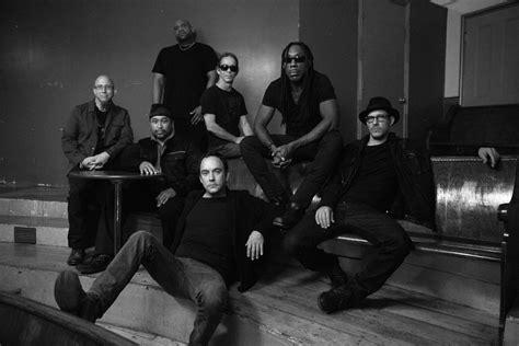 Dave Matthews Band Dave Matthews Band Unveil New Acoustic Set