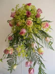 flower arranging flower arranging course based in cheshire north west england
