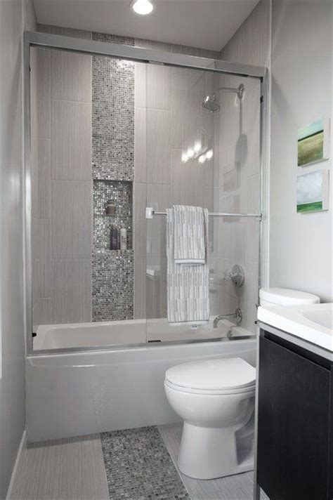 best bathroom remodel ideas 25 best ideas about small bathroom remodeling on pinterest