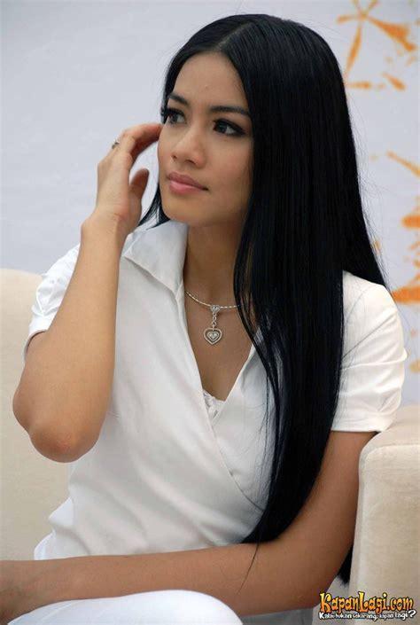 Model Rambut Dimas Anggara by Titi Kamal Dan Indah Pelapory Kapanlagi
