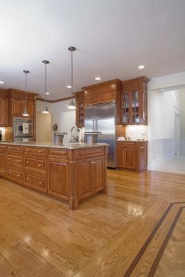 decorate  kitchen  white appliances oak