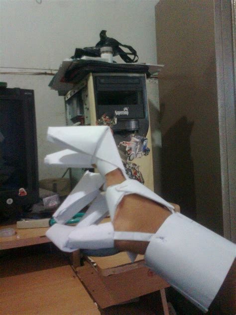 paper robot gauntlet by khotia on deviantart
