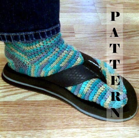 pattern for socks to wear with flip flops tabi split toe socks flip flop socks crochet by