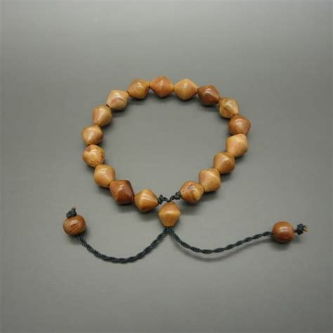Gelang Tasbih Berkhodam kokka kaukah gelang bertuah kuno pusaka dunia