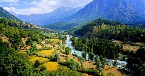 places  visit  pahalgam   perfect hilly escape