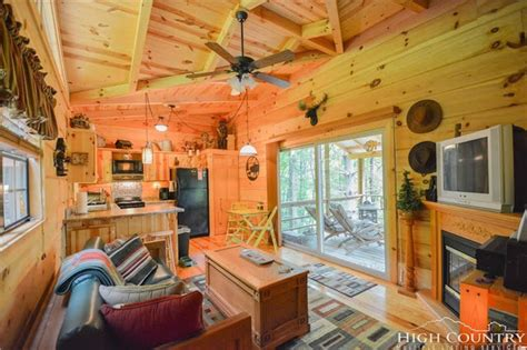 tiny house 400 sq ft tiny house town lansing cabin with just 400 sq ft of space