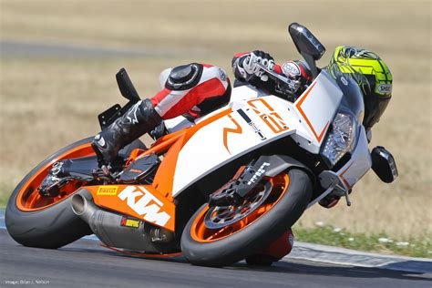 Superbike Ktm 2012 Ktm Rc8r Track Comparison Motorcycle Usa