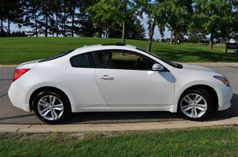 Nissan Altima 2 Door Coupe by Buy Used 2012 Nissan Altima S Coupe 2 Door 2 5l Sunroof
