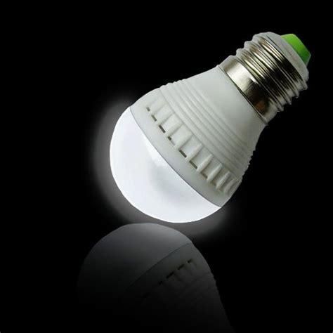 Energy Efficient Led Light Bulbs Yugster Energy Efficient 7 Led 5 Watt Light Bulb 2 Pack