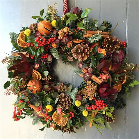 christmas wreath ideas  add festive cheer