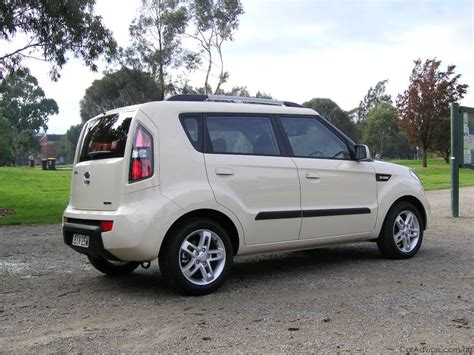 Kia Soul 2009 Review 2009 Kia Soul Review Road Test Photos 1 Of 10
