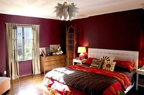 decorating ideas  dark colored bedroom walls
