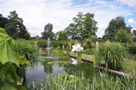 Botanical Garden Leicester University Of Leicester Botanic Garden Wikipedia