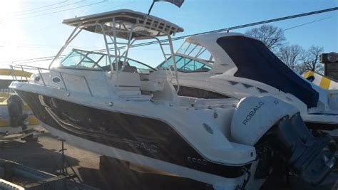 robalo boat dealers in nj robalo r305 walkaround boats for sale in new jersey