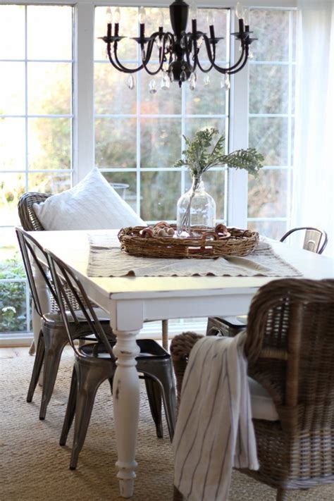 Diy Paint Dining Room Table Diy Chalk Painted Dining Table Zevy