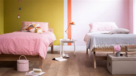 girls bedroom l create a stylish shared girls bedroom dulux