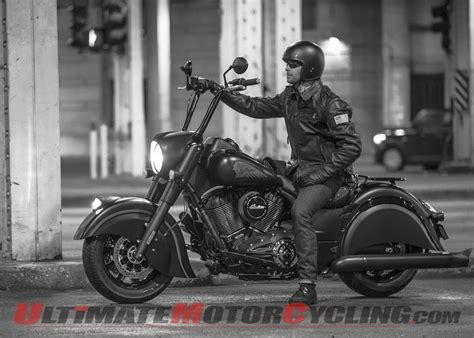 2016 Indian Chief Dark Horse Unveiled: Blackened Boldness